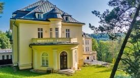 Teplice Nad Bečvou - Lázeňský Dům Moravan